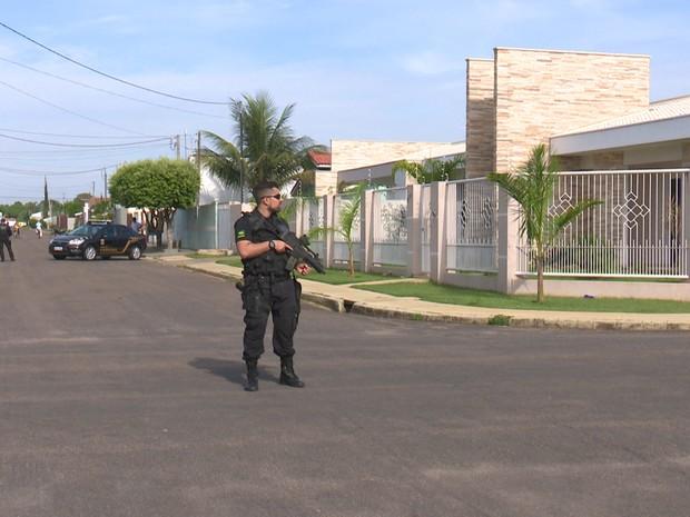 PF acompanha prisão de prefeito de Vilhena nesta quinta (Foto: José Manoel/ Rede Amazônica)