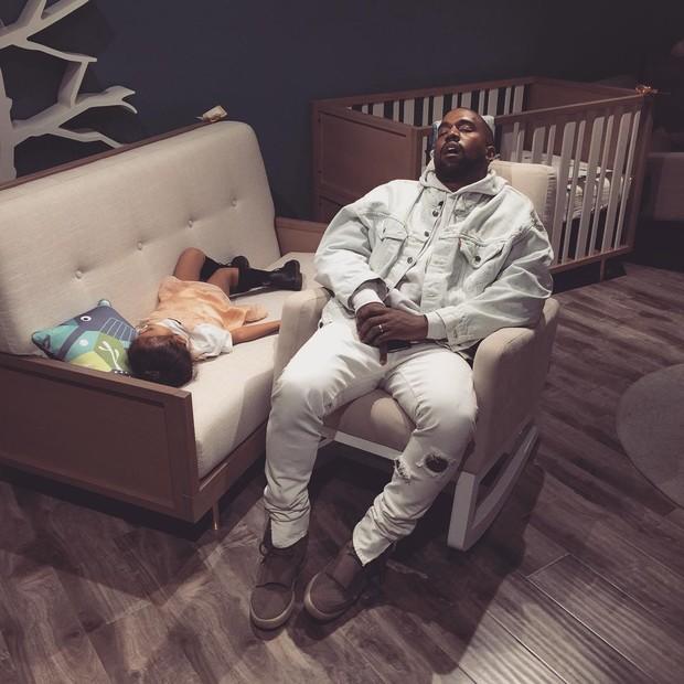 Kanye e North West (Foto: Instagram / Reprodução)