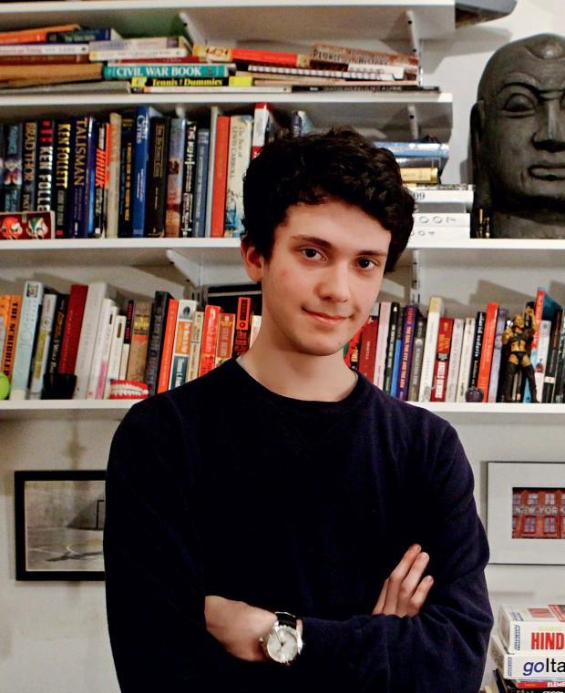 FALA, TIM! O estudante Timothy Doner. Ele dedica suas férias e os fins de semana a aprender idiomas (Foto: Emily Berl/The New York Times)