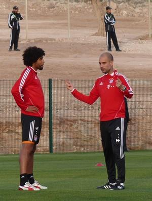 Dante Guardiola treino Bayern de Munique (Foto: Victor Canedo)
