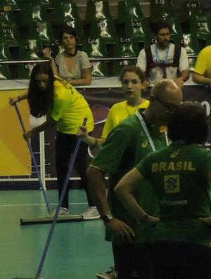 Goteiras no Nilson Nelson, em Brasília, colocam jogo do Brasil sob ameaça (Foto: Thierry Gozzer)