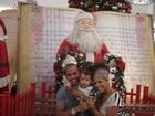 Ex-BBB Janaína mostra decoração natalina ao filho, Natã