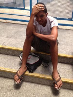 O estudante é de São Fidelis, no interior do Rio de Janeiro, e viajou 12 horas de ônibus até SP (Foto: Gabriela Gasparin/G1)