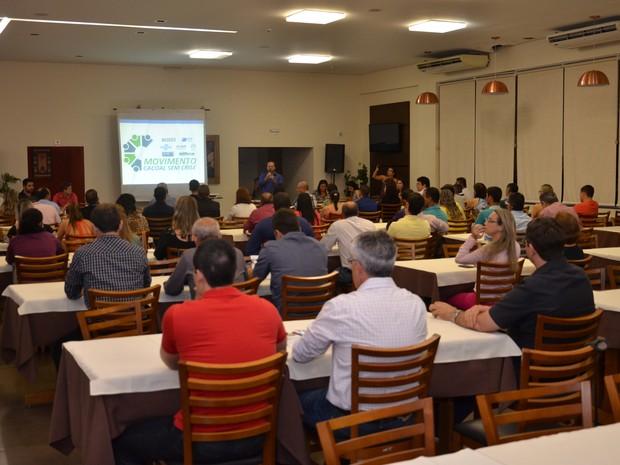 No lançamento do movimento em Cacoal, os empresários informaram que o objetivo é atrair compradores de outras cidades. (Foto: Magda Oliveira/G1)