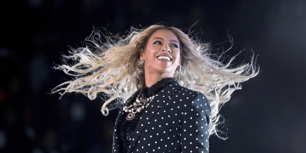 Beyoncé durante show em Cleveland (EUA), em novembro de 2016 (Foto: AP Photo/Andrew Harnik)