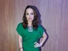 Look do dia: Gabriela Duarte aposta em tubinho verde em pré-estreia