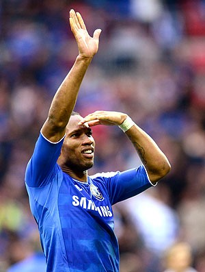 Drogba na partida do Chelsea (Foto: Getty Images)