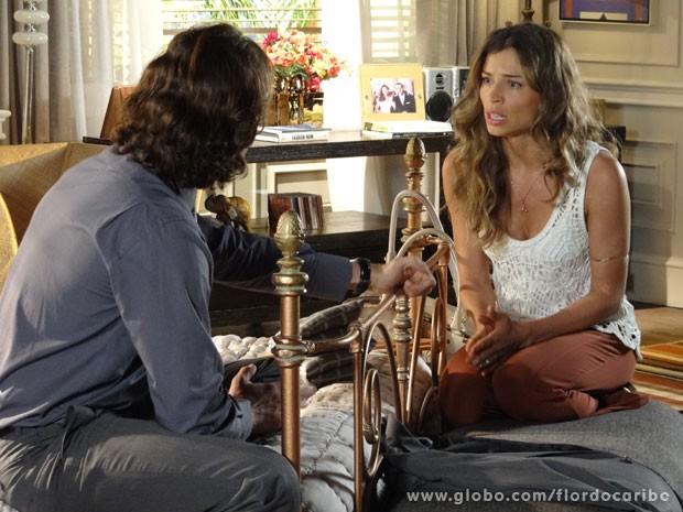 Ester diz que não ama o marido (Foto: Flor do Caribe/ TV Globo)