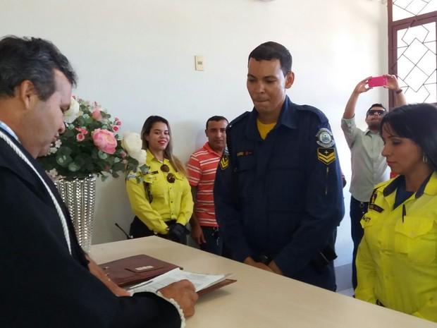 Casal oficializou união nesta quarta-feira (24) (Foto: Arquivo Pessoal)