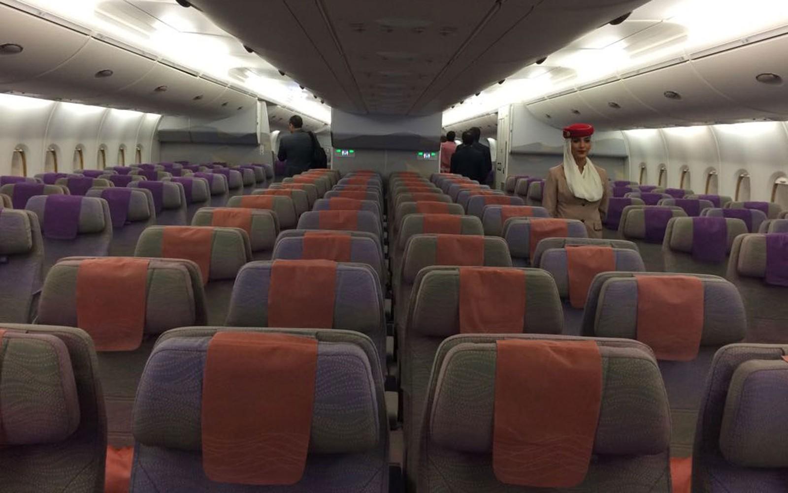 [Brasil] A380, maior avião comercial do mundo, aterrissa em Guarulhos e recebe 'batismo'; veja vídeo Av02
