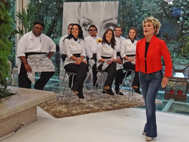 Ana Maria recebe famosos do Super Chef (Foto: Mais Você / TV Globo)
