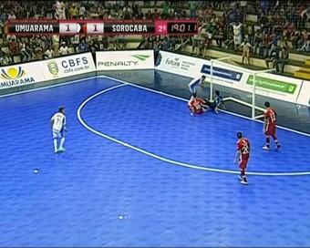 Umuarama, Sorocaba, LNF, gol polêmico (Foto: Reprodução / SporTV)