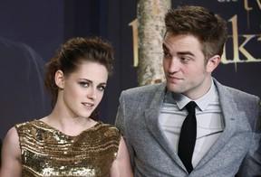 Robert Pattinson e Kristen Stewart  (Foto: Agência Reuters)