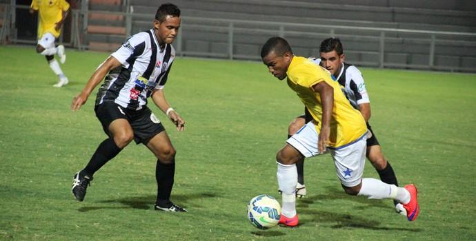 Nacional venceu o São Raimundo-PA por 2 a 0 (Foto: Marcos Dantas)