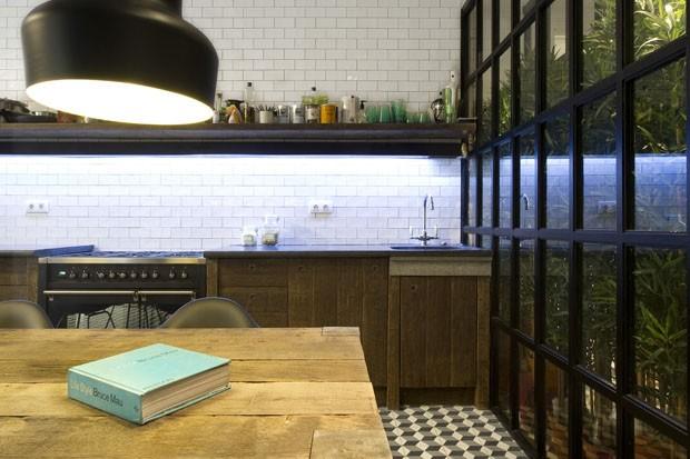 Apartamento em Barcelona (Foto: Víctor Hugo/Divulgação)