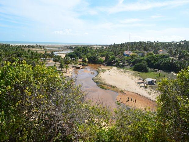 Paisagem é um misto de lagoa e oceano (Foto: Flávio Antunes/G1)