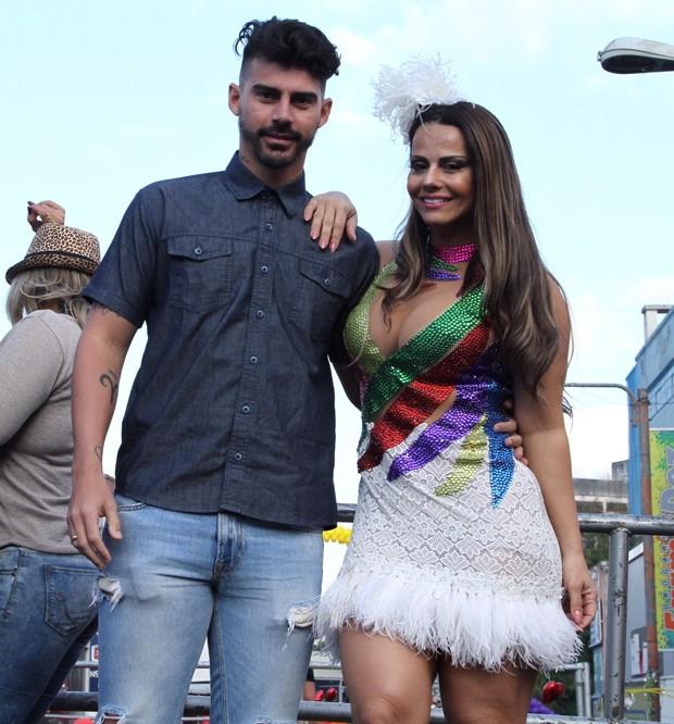Viviane Araújo e Radamés (Foto: Anderson Borde/Agnews)