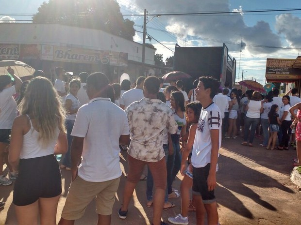 Moradores pedem mais segurança na cidade (Foto: Flávia Falcão/Divulgação)