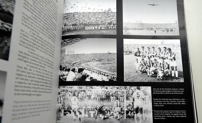 """Jogo inaugural do estádio Palma Travassos (Foto: Reprodução do livro: """"Comercial Uma Paixão Centenária"""")"""
