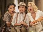 Atores de 'Êta Mundo Bom!' se deliciam com as comidas da novela