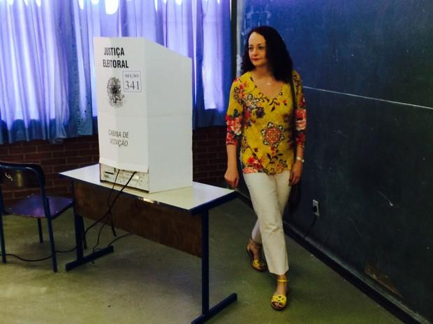 luciana genro voto eleição psol (Foto: Daniel Bittencourt/G1)
