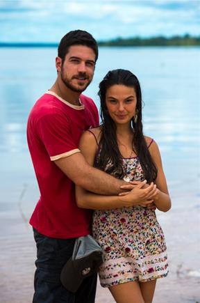 Isis Valverde e Marco Pigossi (Foto: Globo / Estevam Avellar)