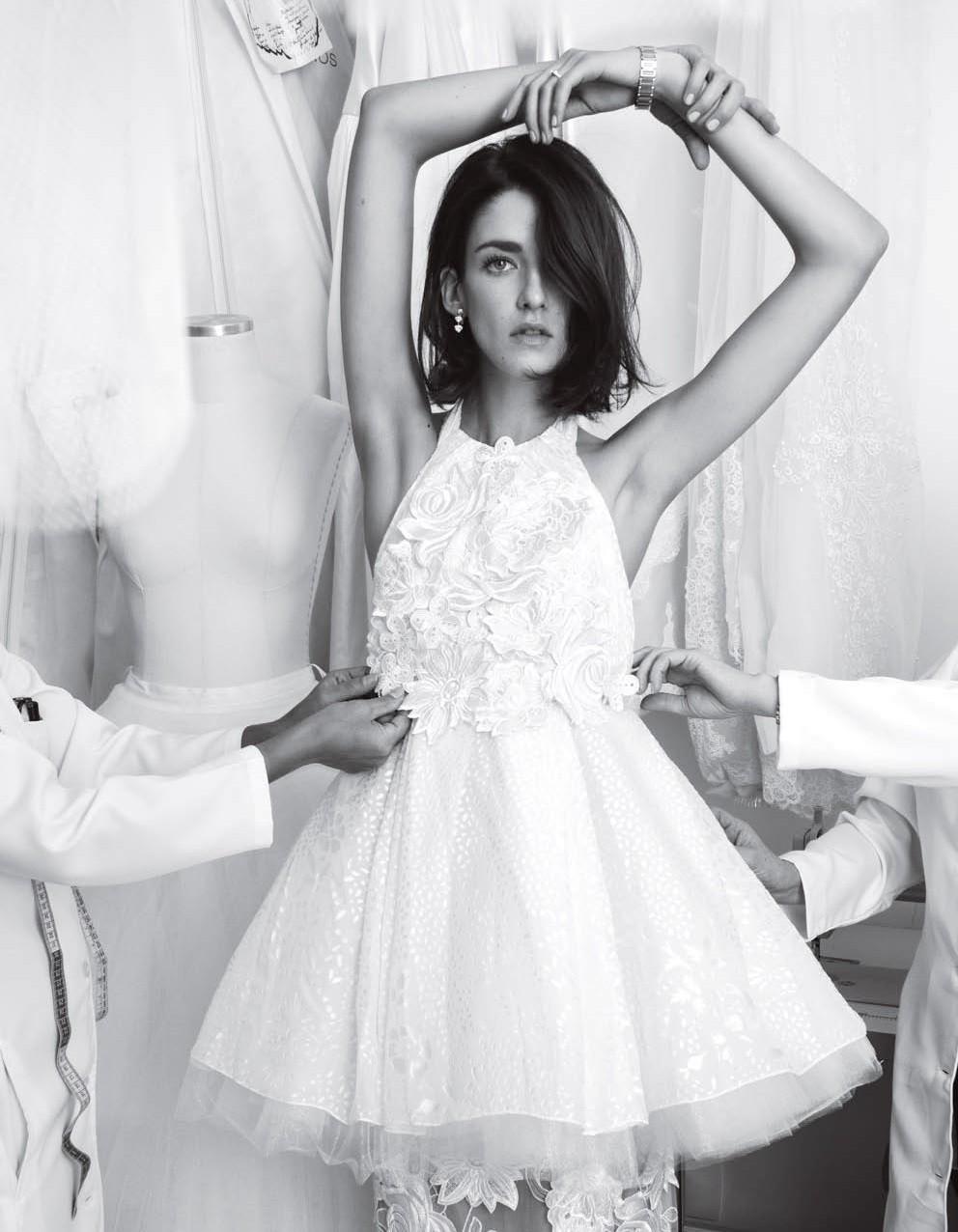 Joalheira dá dicas para combinar as joias com o vestido de casamento (Foto: Jacques Dequeker/Vogue Noiva)