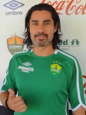Atacante Josiel assina com Cuiabá para disputar a Série C  (Foto: Assessoria/Cuiabá)