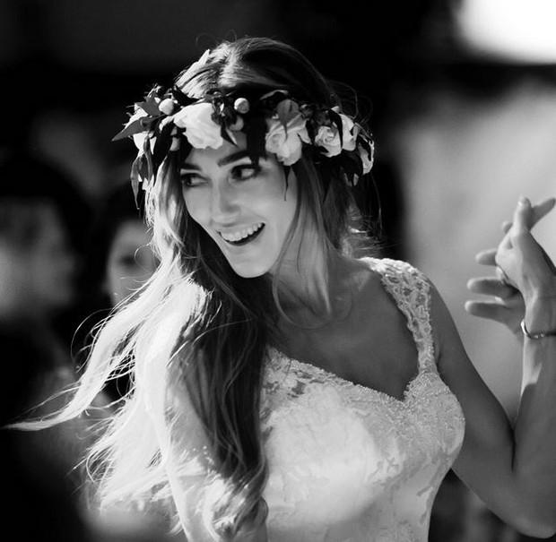 Guy Ritchie se casa com a modelo Jacqui Ainsley  (Foto: Instangram / reprodução)