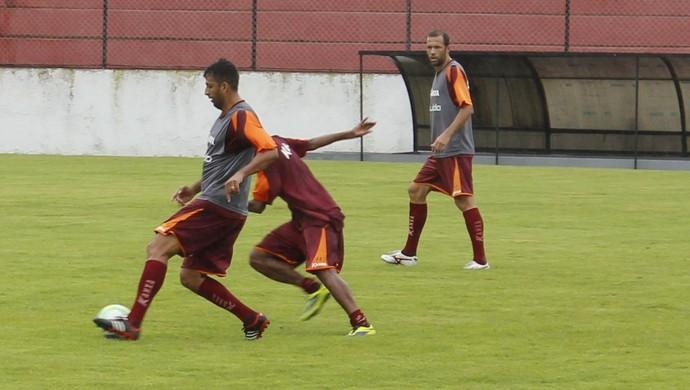 Daniel Marques e Gabriel CRB (Foto: Caio Lorena/GloboEsporte.com)