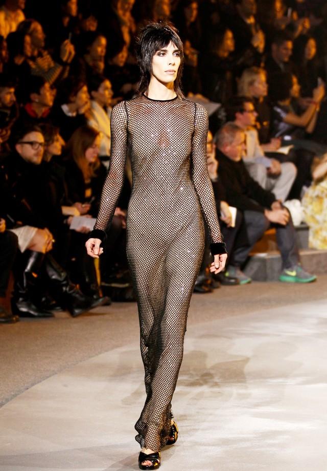 O vestido na passarela de inverno 2014 de Marc Jacobs (Foto: Getty Images)