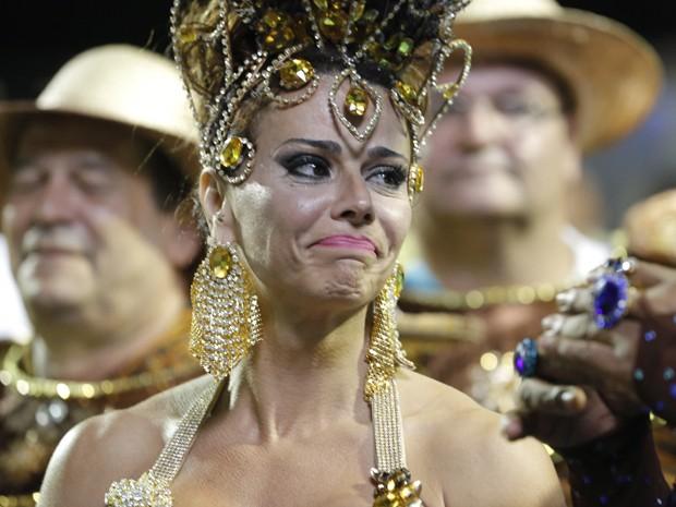 Na pele de Naná, Viviane Araújo também se emocionou na Avenida (Foto: Felipe Monteiro/ Gshow)
