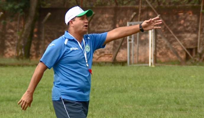 Ney da Matta técnico Guarani (Foto: Carlos Velardi / EPTV)