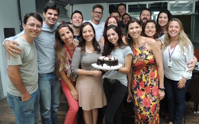 Equipe da RBS TV e do Mistura se despediu da Thalita  (Foto: Valéria Martins/Gshow )