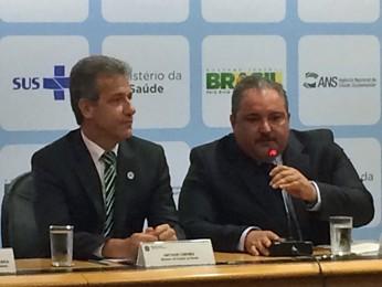 Ministro da Saúde durante coletiva de imprensa nesta terça (6) (Foto: Luciana Amaral/G1)