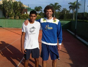 Thiago Monteiro e Gustavo Kuerten (Foto: Arquivo Pessoal/Thiago Monteiro)