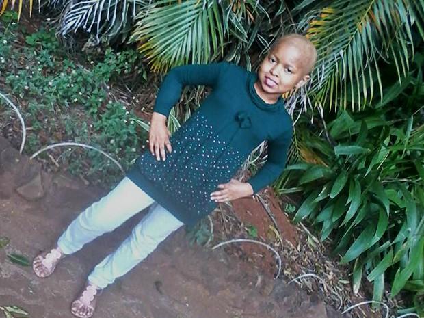Gabrielly Moraes dos Santos foi diagnosticada com tumor no cérebro aos 8 anos (Foto: Daniela Alves/Arquivo Pessoal)