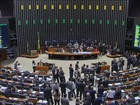 Reabrir negociação salarial com servidores levaria a crise, diz ministro