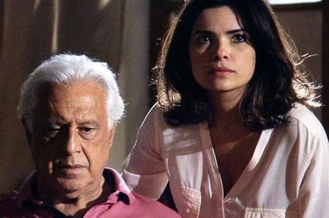 Antonio Fagundes e Vanessa Giácomo em cena de 'Amor à vida' (Foto: Divulgação/TV Globo)