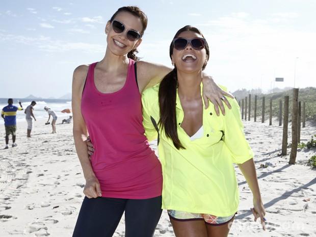 Julia e Giovanna são Helena e Clara, irmãs na trama (Foto: Inácio Moraes/ TV Globo)