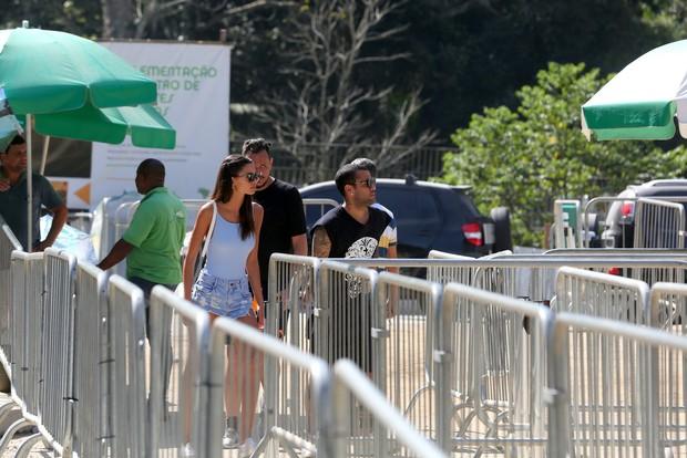 Daniel Alves e Joana Sanz (Foto: André Freitas / AgNews)