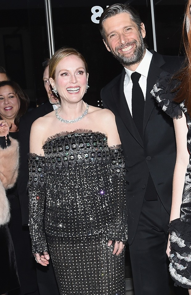 Julianne Moore e o marido, Bart Freundlich (Foto: Getty Images)