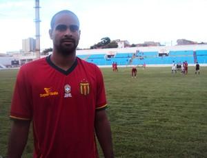 Tiago Cavalcanti marcou dois gols contra o Santa Quitéria (Foto: Afonso Diniz/Globoesporte.com)
