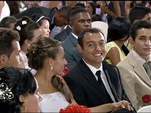 Casamento comunitário foi realizado em Gurupi (Foto: Reprodução/TV Anhanguera)