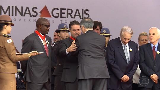 Governador Pimentel entrega Medalha da Inconfidência a homenageados