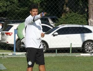 Marquinhos Santos em treino do Coritiba (Foto: Divulgação/site oficial do Coritiba Foot Ball Club)