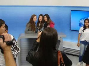 Estudantes visitaram os estúdios em todas as regiões da EPTV  (Foto: EPTV na Escola)