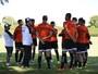 Zagueiro do Bragantino reconhece que setor defensivo precisa de ajustes