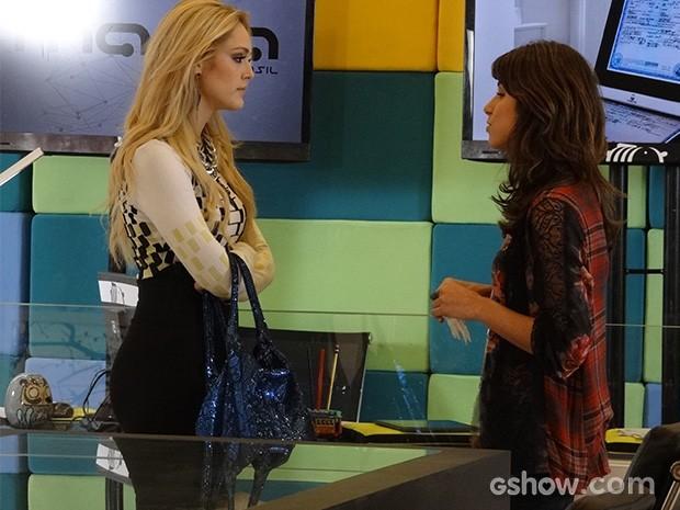 Megan e Manu medem forças enquanto Davi se afasta (Foto: Geração Brasil / TV Globo)