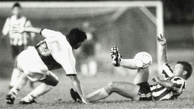 Negrini Atletico x Olimpia 1992 Mineirao (Foto: Acervo Jornal Estado de Minas / Celcon Birro)